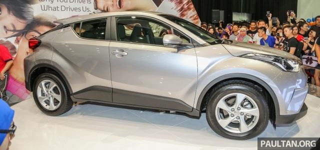 C-HR là mẫu xe thứ hai được sử dụng nền tảng khung gầm kiểu module toàn cầu của Toyota (Toyota New Global Architecture)