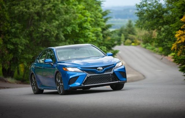 Toyota Camry 2018 tại Mỹ có gì? - 4