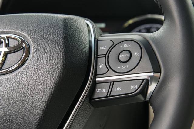 Toyota Camry 2018 tại Mỹ có gì? - 16