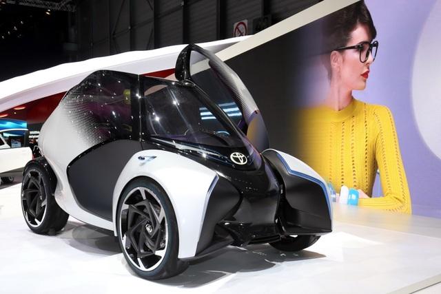 Toyota i-TRIL hướng tới tương lai - 4