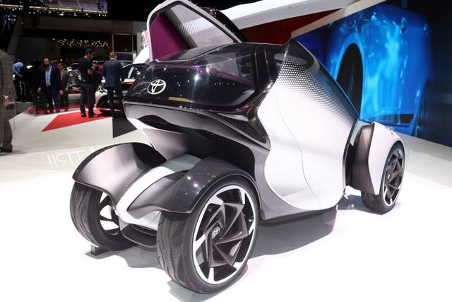 Toyota i-TRIL hướng tới tương lai - 2