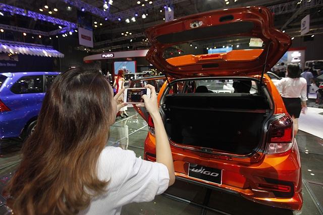 """Toyota Wigo, Suzuki Celerio có """"xứng tầm"""" với anh em Hyundai-KIA? - 18"""