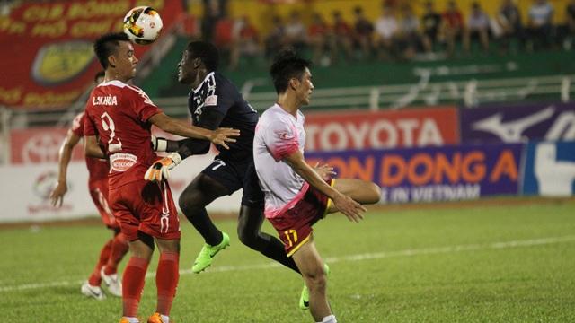 Trận derby TPHCM diễn ra với ưu thế nghiên về phía Sài Gòn FC (ảnh: Trọng Vũ)