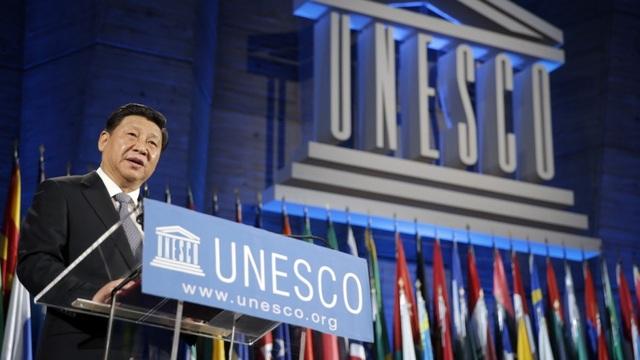 Chủ tịch Trung Quốc Tập Cận Bình thăm trụ sở UNESCO năm 2014 (Ảnh: AFP)