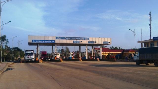 Trạm thu phí BOT Quảng Trị đặt trên QL 1 tại xã Triệu Giang, huyện Triệu Phong