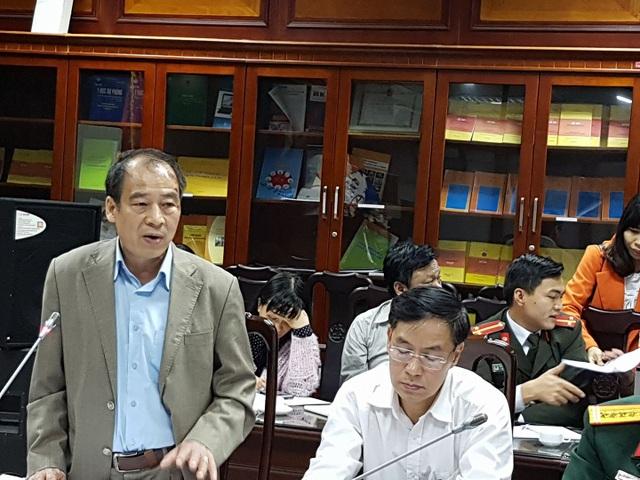 PGS.TS Trần Đắc Phu, Cục trưởng Cục Y tế dự phòng cho biết tại Trung Quốc, 91% ca bệnh có tiếp xúc với gia cầm. Ảnh: H.Hải