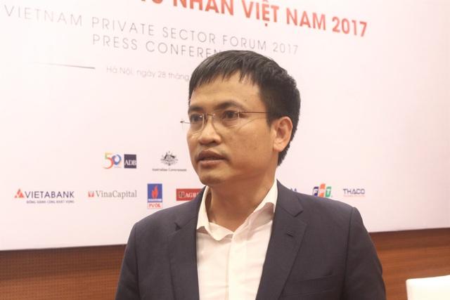 """Ông Vương cho rằng sang năm 2018, DN tư nhân vẫn cần ở Chính phủ 2 chữ """"hành động"""" là trên hết. (Ảnh: Hồng Vân)"""