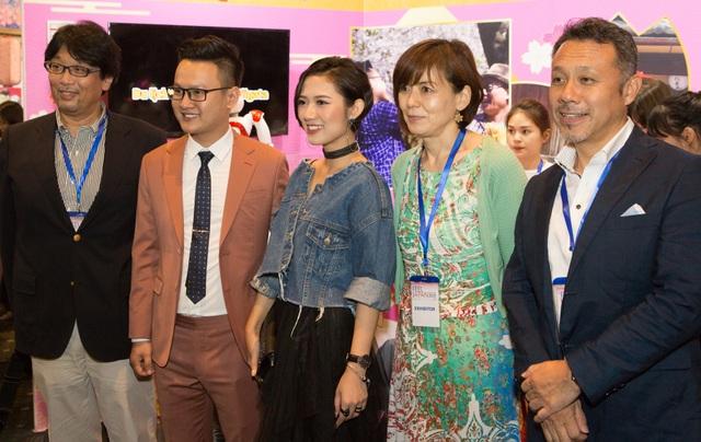 Lần hiếm hoi Trang Cherry hội ngộ khán giả Sài Gòn