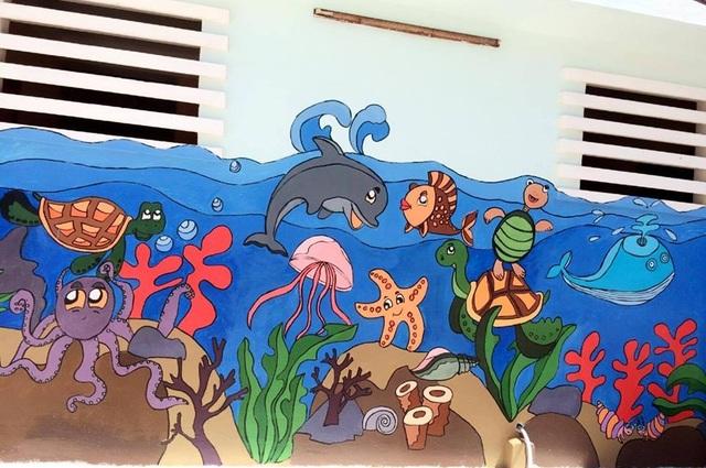 Những bức tranh tường sinh động, đầy màu sắc biến nhà vệ sinh thành nơi thú vị