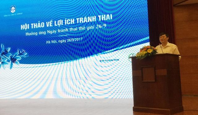 Thứ trưởng Bộ Y tế, ông Nguyễn Viết Tiến cho biết nếu chi 1 USD cho kế hoạch hóa gia đình thì sẽ tiết kiệm được 31 USD chi cho xã hội (Ảnh: T.P)