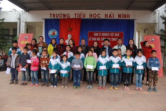 150 suất học bổng Grobest Việt Nam đến với học sinh nghèo vượt khó Thanh Hóa - 4