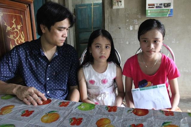Cha mẹ đều mắc bệnh, tương lai của 2 cháu nhỏ chưa biết đi về đâu