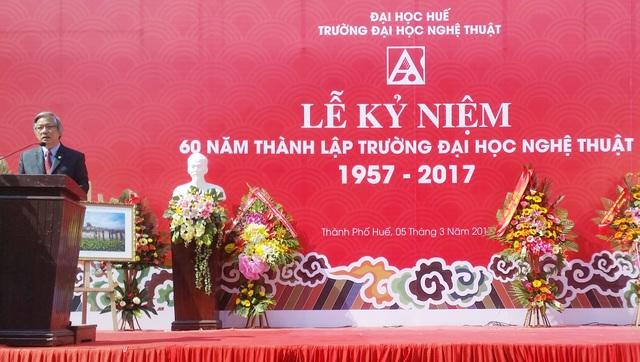 PGS.TS. Phan Thanh Bình, Hiệu trưởng nhà trường đọc diễn văn tại lễ kỷ niệm 60 thành lập trường Đại học Nghệ thuật Huế