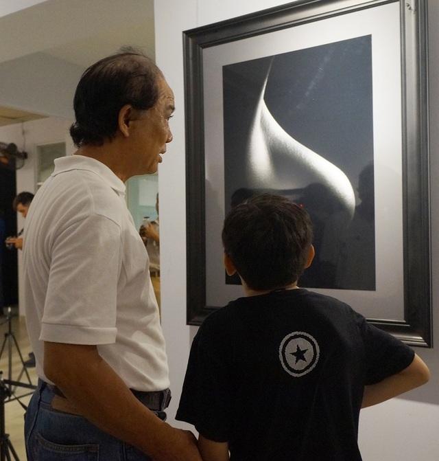 Khán giả kinh ngạc trước vẻ đẹp trong tranh khỏa thân của Hạo Nhiên - 7