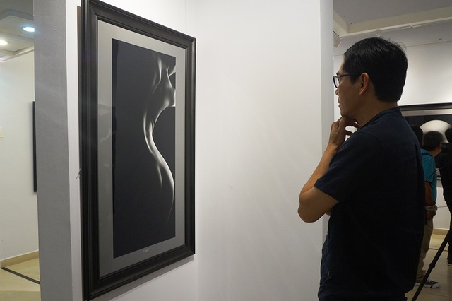 Khán giả kinh ngạc trước vẻ đẹp trong tranh khỏa thân của Hạo Nhiên - 8