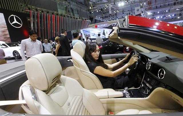 Mercedes-Benz hiện là hãng xe sang duy nhất có nhà máy tại Việt Nam