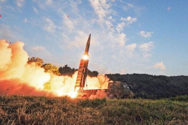 Hàn Quốc tập trận tên lửa hôm 4/9 ngay sau vụ thử hạt nhân của Triều Tiên. (Ảnh: EPA)