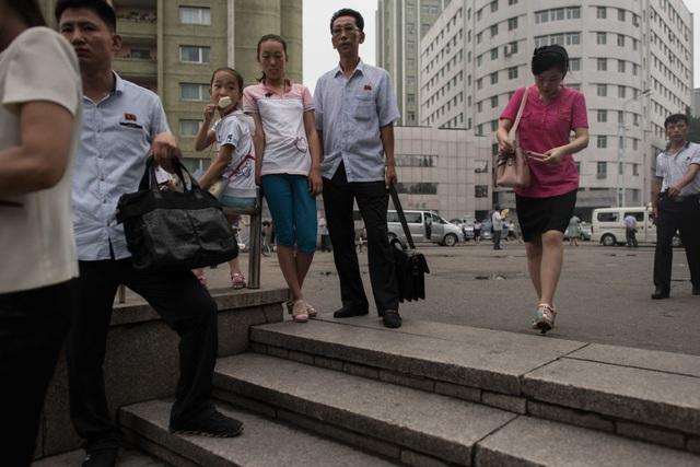 Lối vào ga tàu điện ngầm tại Bình Nhưỡng.
