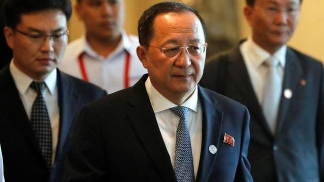 Ngoại trưởng Triều Tiên Ri Yong-ho cảnh báo Triều Tiên sẵn sàng tấn công phủ đầu không thương tiếc nếu Mỹ có dấu hiệu chuẩn bị tấn công quân sự vào vào Bình Nhưỡng. (Ảnh minh họa: Reuters)