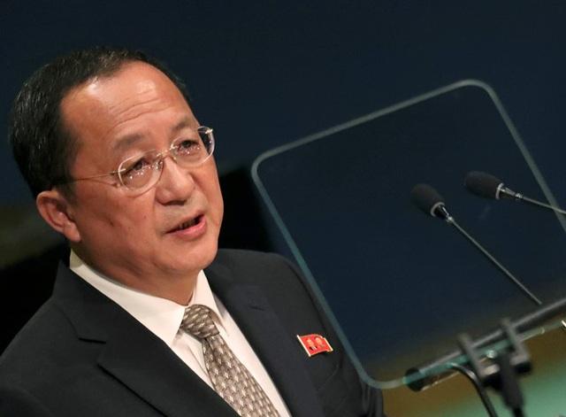 Ngoại trưởng Triều Tiên Ri Yong-ho (Ảnh: Reuters)