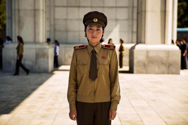 Một nữ quân nhân người Triều Tiên