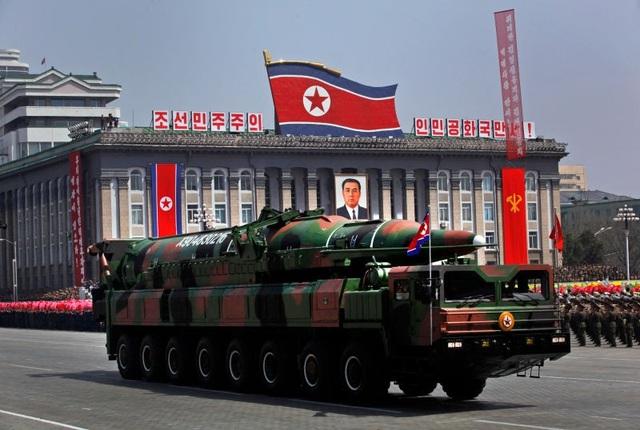 Tổng thống Donald Trump đưa Triều Tiên trở lại danh sách tài trợ khủng bố (Ảnh minh họa: Reuters)