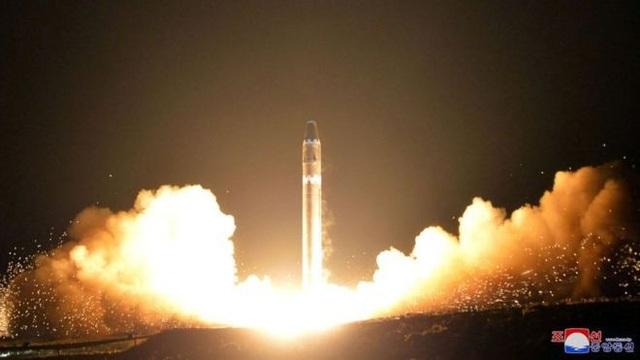 Một vụ phóng tên lửa Triều Tiên. (Ảnh: KCNA)