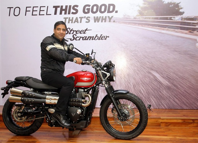 Với việc sản xuất tại Ấn Độ, mẫu xe classic này của Triumph có giá bán khá hợp lí: 12.600 USD.