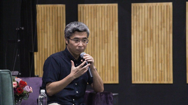 TS Đặng Hoàng Giang chia sẻ tiềm năng dân chủ trên mạng xã hội không còn ý nghĩa nữa nếu chúng ta không lắng nghe nhau.