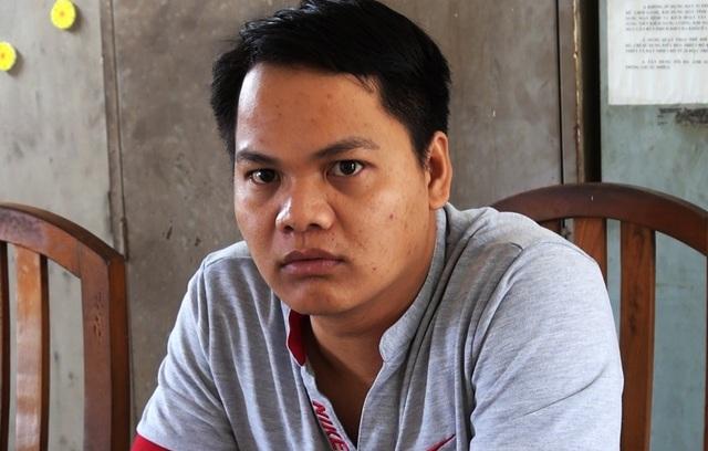 Hoàng Minh Chung tại cơ quan điều tra sau khi Công an TP Nha Trang vận động ra đầu thú