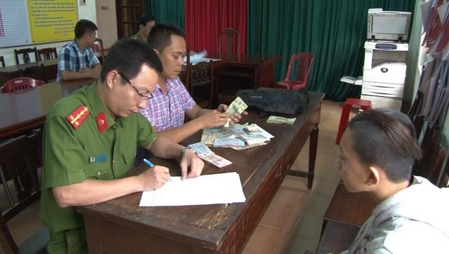Công an đang lấy lời khai với nghi phạm Nguyễn Viết Trung