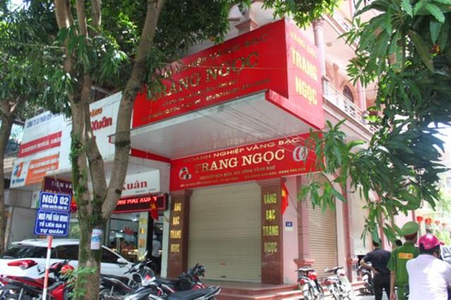 Tiệm vàng Trang Ngọc, nơi theo trình báo bị trộm đột nhập khoắng đi lượng lớn tài sản.