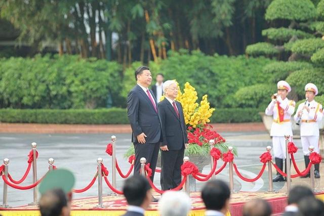 Bắn 21 loạt đại bác chào mừng Chủ tịch Trung Quốc tới Việt Nam - 2
