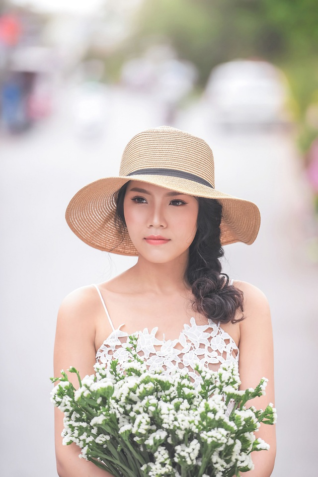 Nữ sinh tài sắc vẹn toàn khoe vẻ đẹp trong trẻo ngày Xuân - 12