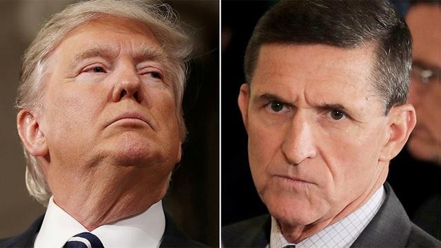 Tổng thống Donald Trump (trái) và cựu cố vấn an ninh quốc gia Michael Flynn (Ảnh: Reuters)