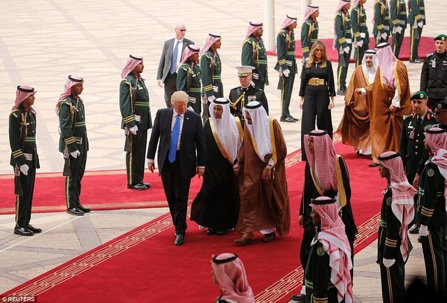 Ả-rập Xê-út là điểm dừng chân đầu tiên trong chuyến công du nước ngoài cũng là đầu tiên của ông Trump kể từ lễ nhậm chức 4 tháng trước.