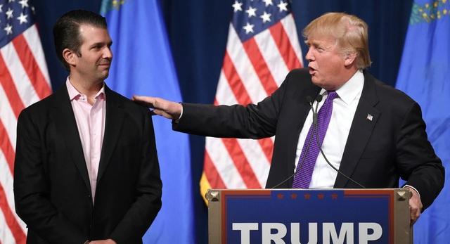 Tổng thống Donald Trump và con trai Donald Trump Jr. (Ảnh: Getty)