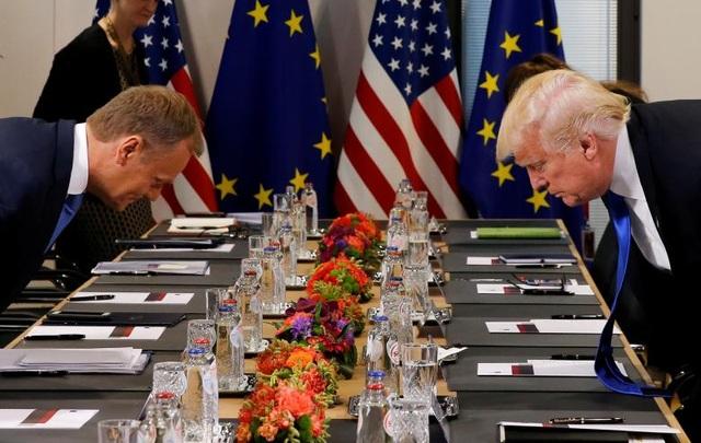Tổng thống Trump và Chủ tịch Hội đồng châu Âu Donald Tusk bắt đầu cuộc họp song phương tại Bỉ.