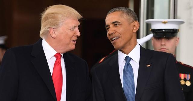 Tổng thống Mỹ Donald Trump (trái) và người tiền nhiệm Barack Obama (Ảnh: Getty)