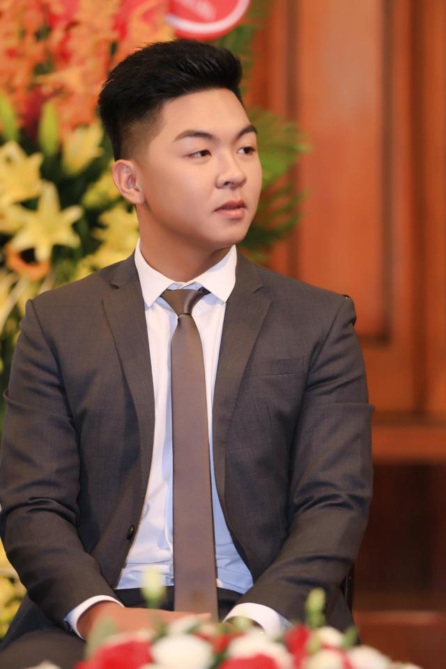 Phan Trung Kiên vừa giành huy chương vàng tại Hồng Kông.