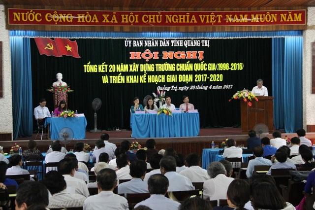 Các đơn vị trình bày tham luận tại Hội nghị