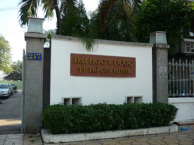 Trường ĐH Y dược TP.HCM.