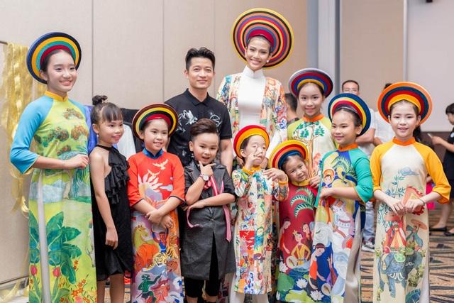 Trương Thị May cho biết, khi nhận lời mời tham dự, cô rất vui và sẵn sàng tham dự vì ý nghĩa của chương trình. Hi vọng, qua chương trình này thì nhiều trẻ em sẽ được giúp đỡ để các em có cuộc sống tốt đẹp hơn.