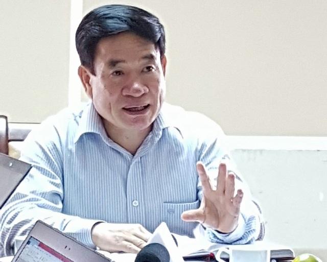 TS Hà Văn Thúy cho biết, thông tư 40 sẽ sớm được sửa đổi phù hợp để không còn xảy ra tình trạng đột ngột dừng thuốc điều trị của bệnh nhân. Ảnh: H.Hải