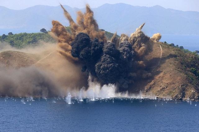Một cuộc tập trận quân sự của Triều Tiên ở thành phố biển Wosan (Ảnh: Reuters)