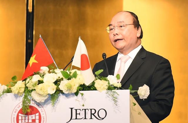 Các hoạt động đối thoại cởi mở của Thủ tướng Nguyễn Xuân Phúc trong chuyến thăm Nhật Bản đã để lại nhiều ấn tượng (ảnh: VGP)
