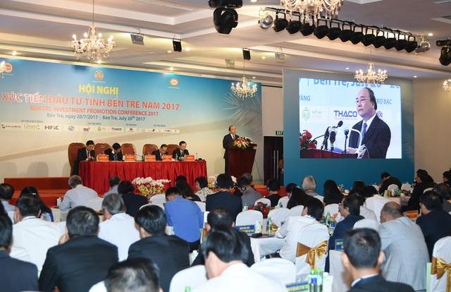 Thủ tướng phát biểu tại Hội nghị xúc tiến đầu tư tỉnh Bến Tre năm 2017.