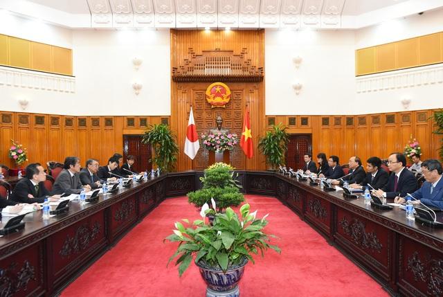 Thủ tướng Nguyễn Xuân Phúc đề nghị Chủ tịch Oshima Tadamori và Quốc hội Nhật Bản tiếp tục ủng hộ, hỗ trợ ODA cho Việt Nam trong thời gian tới.
