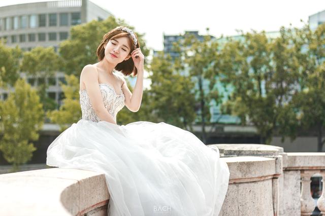 Khoe ảnh cưới ngọt ngào ở 3 nước, Tú Linh mơ về một gia đình nhỏ - 5