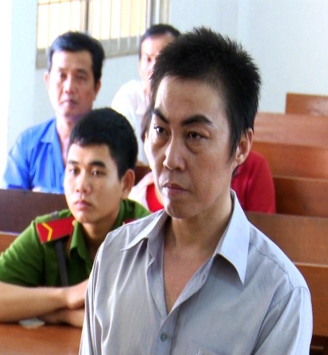 HĐXX tuyên phạt bị cáo Ngô Tấn Tước 8 năm tù giam và buộc bị cáo Phước bồi thường 58 triệu đồng cho bị hại